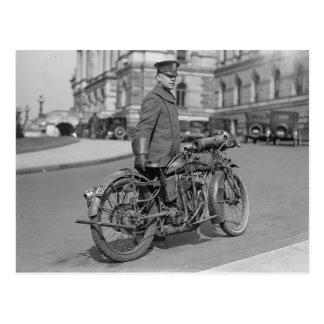 Oficial de policía de la motocicleta, 1922 tarjetas postales