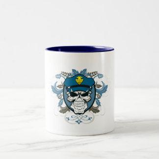 Oficial de policía del cráneo taza de café de dos colores
