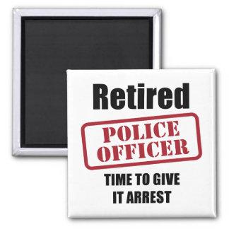 Oficial de policía jubilado imán cuadrado