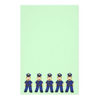 Oficial de policía lindo del dibujo animado  papeleria de diseño