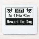 Oficial de policía perdido del perro tapete de ratón