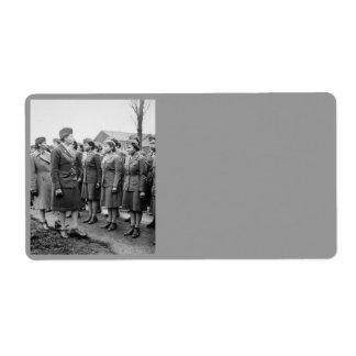 Oficiales negros que examinan a las tropas WWII In Etiquetas De Envío
