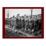 Oficiales negros que examinan a las tropas WWII Postal