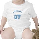 Oficialmente 37 trajes de bebé