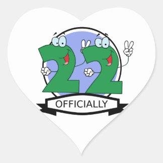 Oficialmente bandera de 22 cumpleaños pegatina en forma de corazón