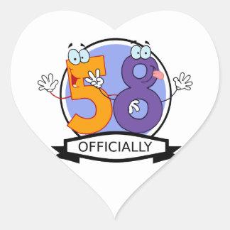 Oficialmente bandera de 58 cumpleaños pegatina en forma de corazón