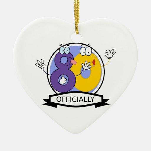 Oficialmente bandera de 80 cumpleaños adorno navideño de cerámica en forma de corazón