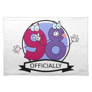 Oficialmente bandera de 98 cumpleaños manteles individuales