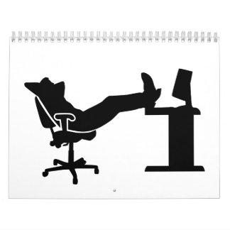 Oficinista de relajación perezoso calendario de pared