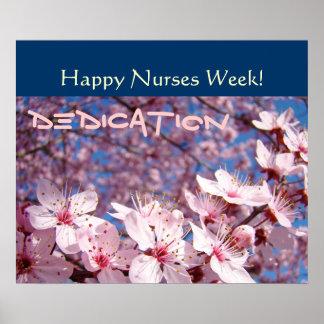 Oficio de enfermera feliz del esmero de los póster