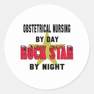 Oficio de enfermera obstétrico por el día rockstar pegatina redonda