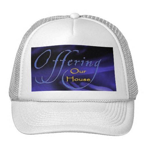 Ofrecimiento de nuestro blanco del casquillo de la gorras