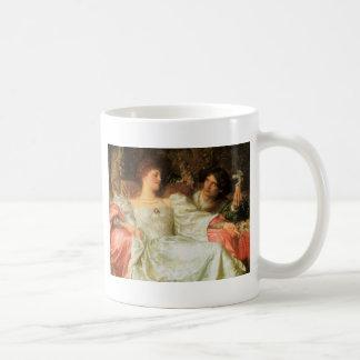 Ofrecimiento de un regalo romántico taza de café