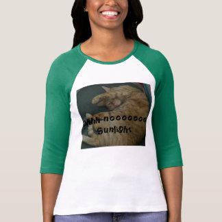Oh camiseta del gato de la luz del sol de Noooo