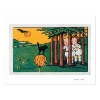 Oh mi gato negro de Tis Halloween que asusta a niñ Postal