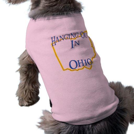 Ohio - colgando hacia fuera camiseta de mascota