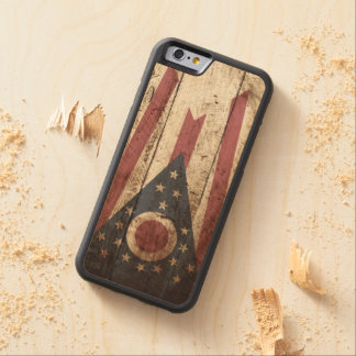 Ohio State Flag on Old Wood Grain Carved® Maple iPhone 6 Bumper