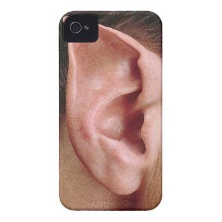 Oído acentuado divertido funda para iPhone 4 de Case-Mate