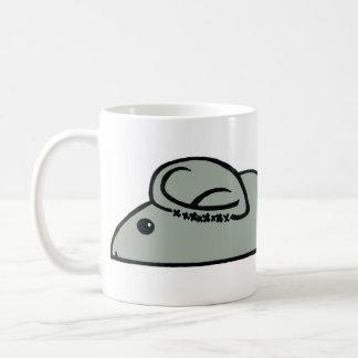 Oídos de ratón grises taza de café