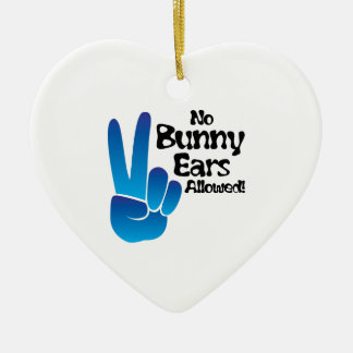 Oídos del conejito adorno de cerámica en forma de corazón