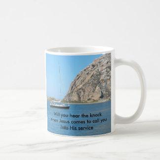 Oiga el golpe la taza de la bahía de Morro