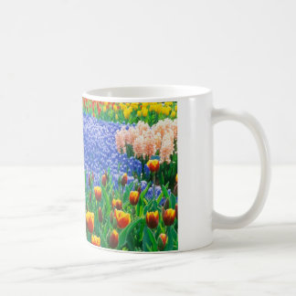 Oil painting of a typical English cottage garden, Coffee Mug