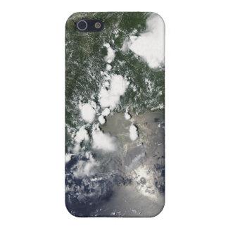Oil spreads northeast iPhone 5 case