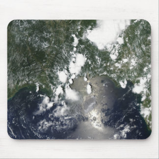 Oil spreads northeast mouse pad