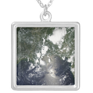 Oil spreads northeast silver plated necklace