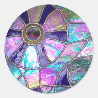 Ojo abstracto del camaleón del vitral pegatina redonda