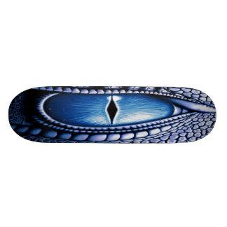 Ojo azul del dragón tabla de patinar