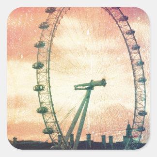 Ojo de Anitiqued Londres en la salida del sol Pegatina Cuadrada
