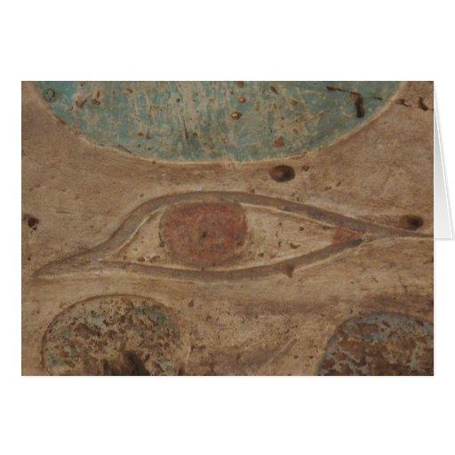 Ojo de Horus jeroglífico en el templo de Karnak, L Tarjeton