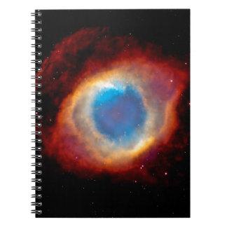 Ojo de la nebulosa de la hélice de dios libro de apuntes con espiral