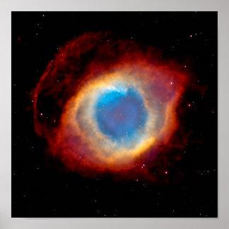 Ojo de la nebulosa de la hélice de dios póster