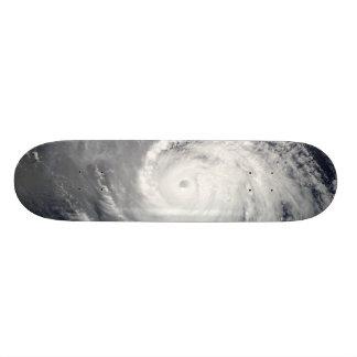 """Ojo de la tormenta patineta 8 1/2"""""""