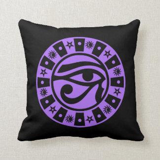 Ojo egipcio antiguo pagano del símbolo oculto de almohadas