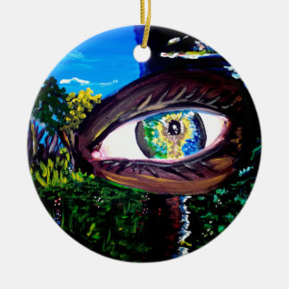 Ojo en el medio del bosque adorno navideño redondo de cerámica