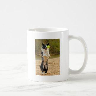 Ojo en la bola tazas de café