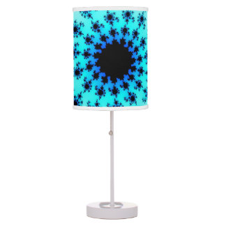 Ojo en la lámpara de mesa del cielo