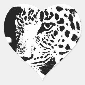 Ojo negro y blanco del leopardo pegatina en forma de corazón