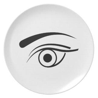Ojo y ceja plato para fiesta