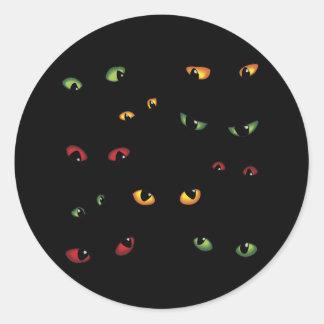 Ojos asustadizos multicolores pegatina redonda