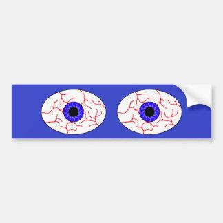 ojos azules inyectados en sangre etiqueta de parachoque