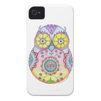 Ojos brillantes de Owlushka iPhone 4 Carcasas