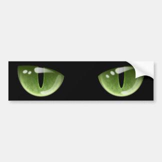 Ojos de gato verdes de Halloween Etiqueta De Parachoque
