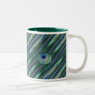 Ojos del pavo real taza de café de dos colores