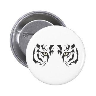 Ojos salvajes del tigre pin
