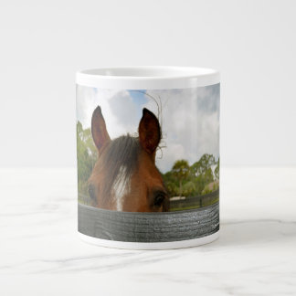 ojos sobre la cabeza de caballo de la cerca taza de café grande