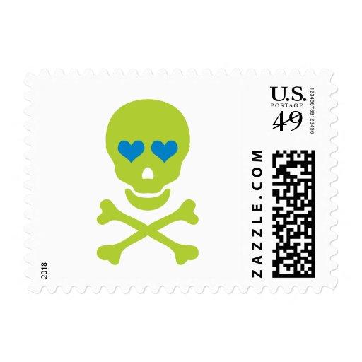 Ojos verdes de la bandera pirata y del corazón del sello